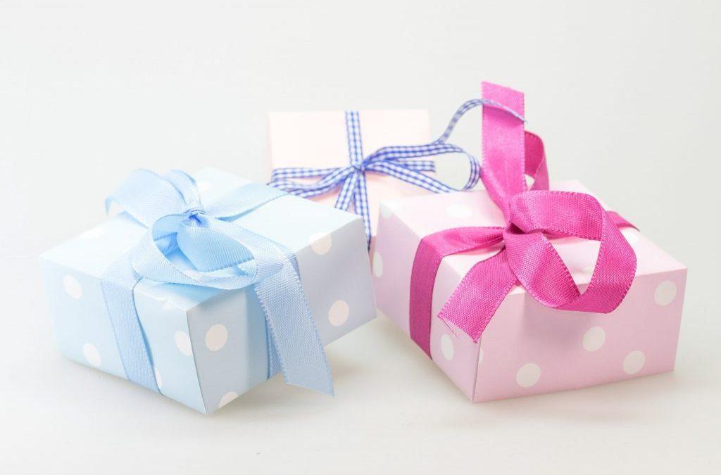 Mejores regalos para padrinos y madrinas de una comunión
