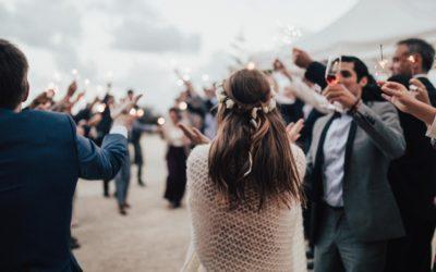 Mil ideas para sorprender a los novios el día de su boda